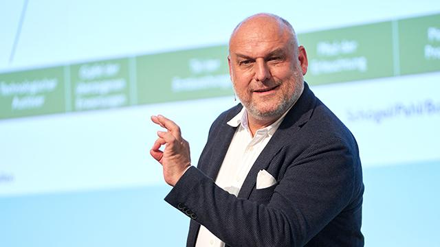 Keynote von Prof. Dr. Marcus Schögel_Digital Sales Power 21_cmm360