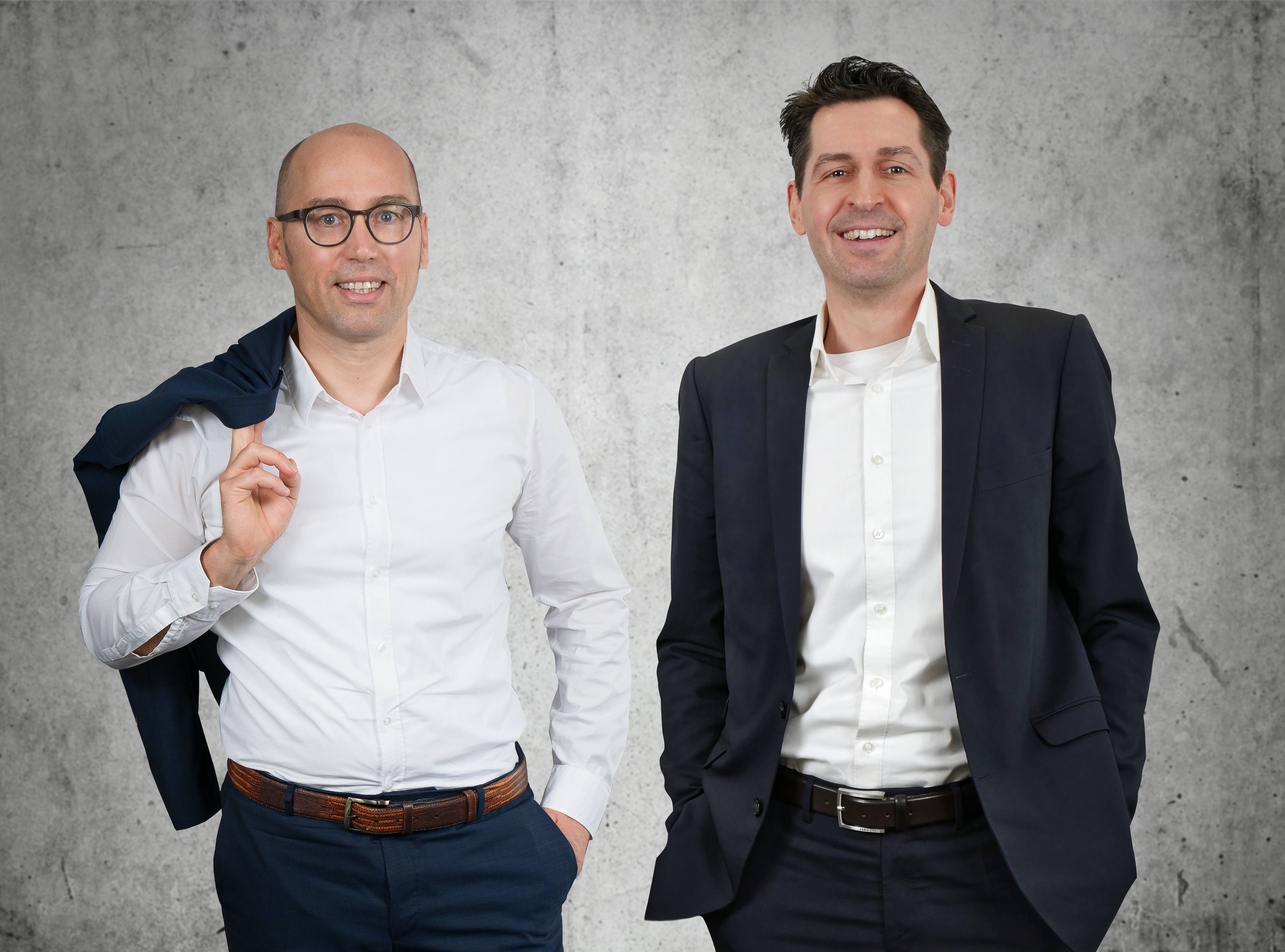 Adelhard Türling und Michael Scheibe von CRM Partner AG setzen auf ganzheitliches Kundenangebot, um Digitalisierung voranzutreiben.