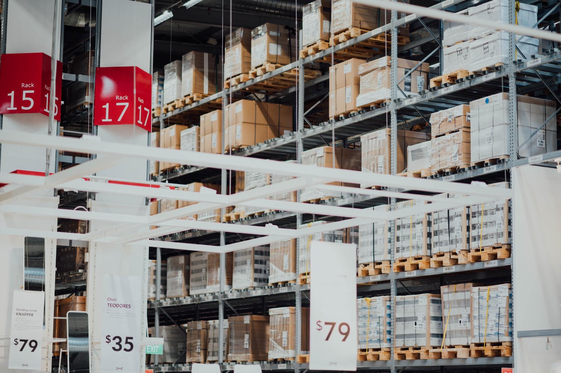 Digitalisierung: Logistikbranche bildet das Schlusslicht_cmm360_Photo by CHUTTERSNAP on Unsplash